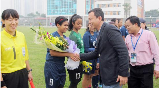 Phóng sự ảnh khai mạc bảng C - vòng loại U19 nữ Châu Á 2015: Ngày hội bóng đá nữ trẻ châu lục