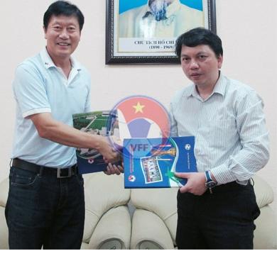 HLV Trần Vân Phát chính thức chia tay bóng đá nữ Việt Nam