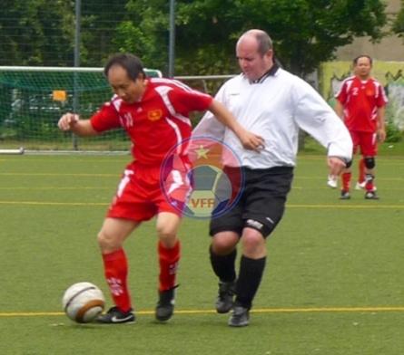 Giao lưu bóng đá Việt-Đức