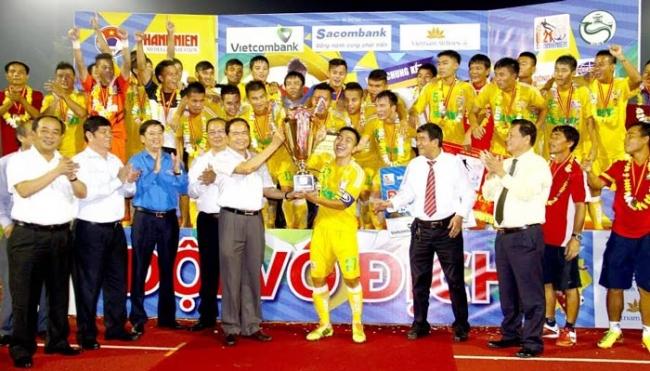 Thắng Hà Nội T&T 1-0, SLNA vô địch giải bóng đá U21 QG- Cúp Báo Thanh Niên 2014