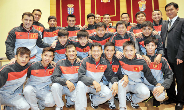 Danh sách ĐT Futsal QG tập trung chuẩn bị tham dự giải vô địch Futsal Đông Nam Á 2014
