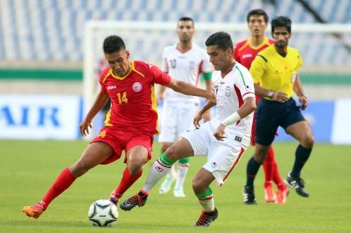 Bóng đá nam Asiad 17: Iran bị cầm chân, Việt Nam sớm giành vé vào vòng 1/8