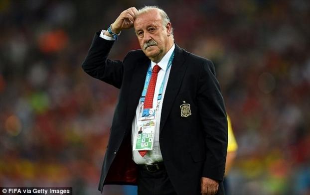 Tây Ban Nha thảm bại, Del Bosque tính chuyện từ chức