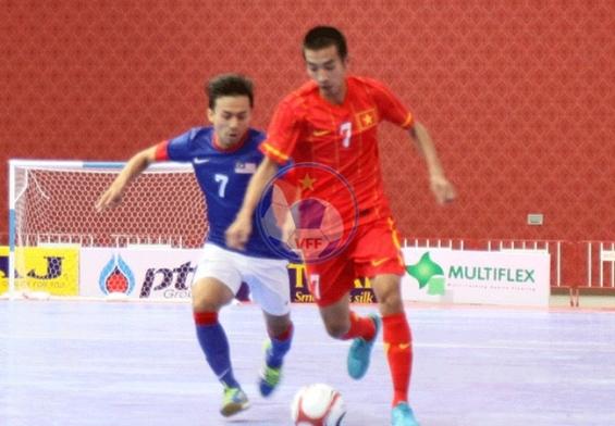 Giải Futsal AFF 2013: ĐT Việt Nam giành trọn 3 điểm trước Malaysia