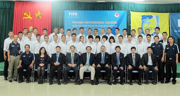 Khai giảng khoá tập huấn trọng tài hàng đầu quốc gia năm 2013