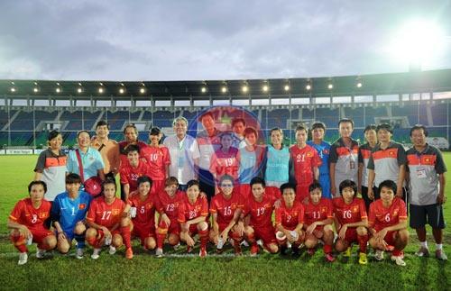 Việt Nam giành Huy chương Đồng tại giải bóng đá nữ vô địch Đông Nam Á 2013