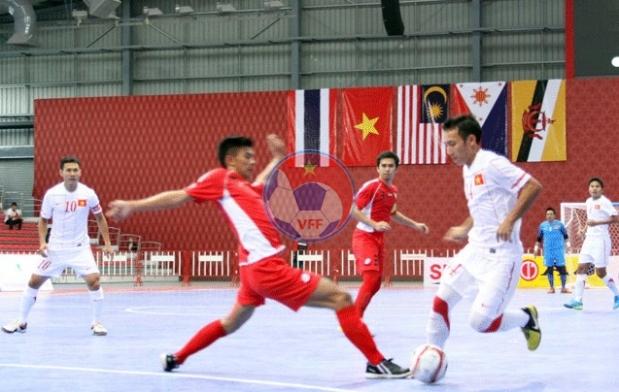 Giải Futsal 2013: Thắng Brunei 4-2, ĐT Việt Nam mở rộng cửa vào bán kết