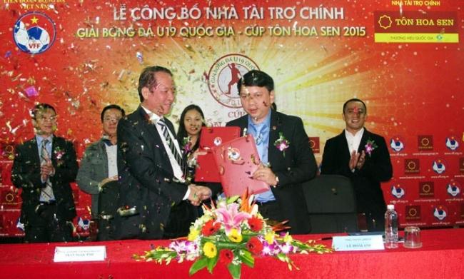 Tập đoàn Hoa Sen năm thứ ba liên tiếp là Nhà tài trợ chính giải bóng đá U19 QG