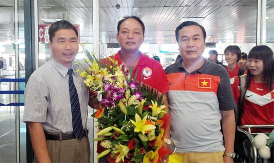 ĐT U19 nữ Việt Nam về nước, kết thúc tốt đẹp chuyến thi đấu tại Bangkok - Thái Lan