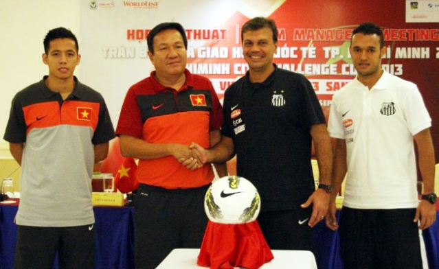 Phát biểu trước trận giao hữu giữa ĐT U23 Việt Nam và U23 Santos
