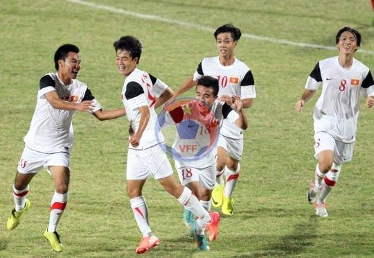 Thắng U19 Indonesia 2-1, U19 Việt Nam mở rộng cửa vào bán kết