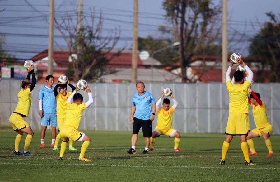 Trung vệ Ngọc Bảo tự tin: 'U23 Việt Nam đã có cách khắc chế UAE' - 2