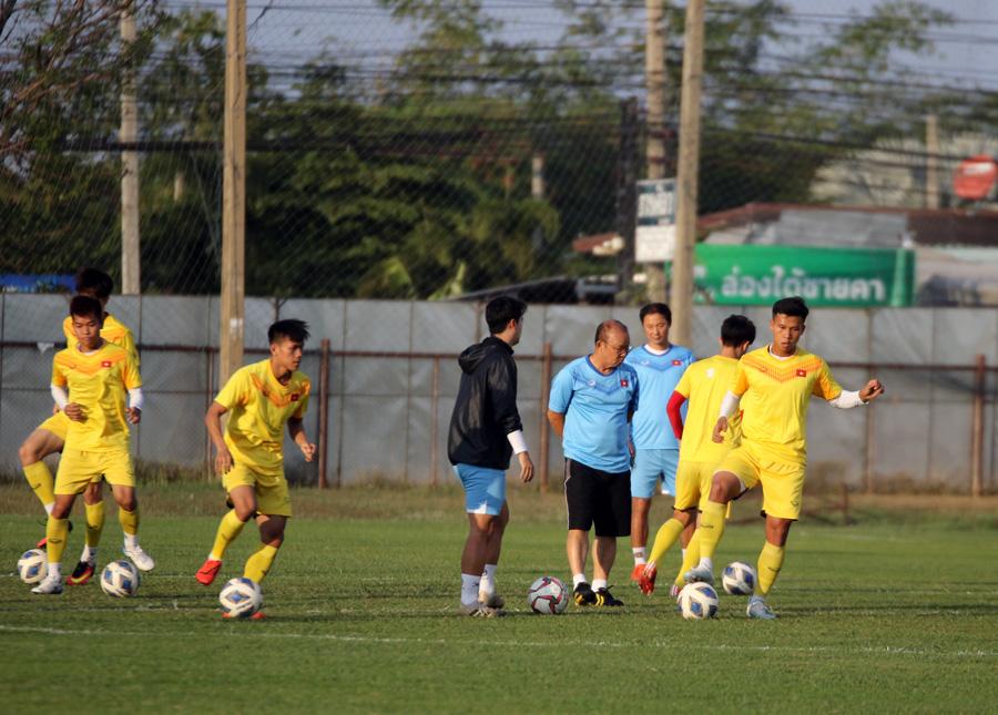 Trung vệ Ngọc Bảo tự tin: 'U23 Việt Nam đã có cách khắc chế UAE' - 3