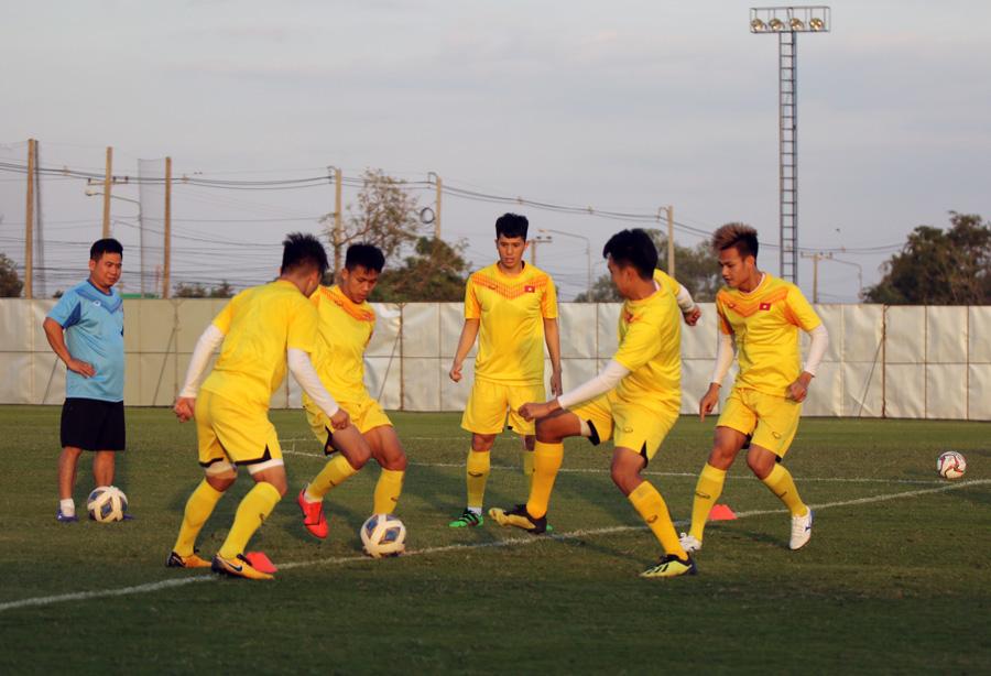 Trung vệ Ngọc Bảo tự tin: 'U23 Việt Nam đã có cách khắc chế UAE' - 5